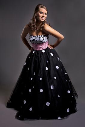 Billig balklänning