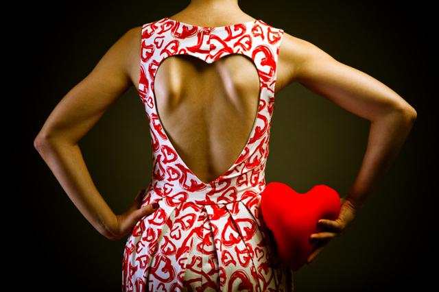 Klänning med hjärtmönster